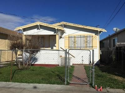 2 Bed 1 Bath Foreclosure Property in Oakland, CA 94603 - 95th Ave