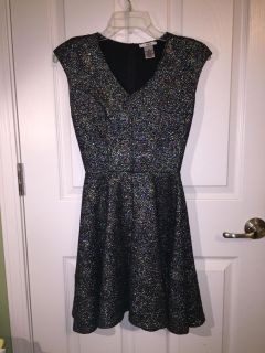 GORGEOUS Small sparkly dress worn once EUC
