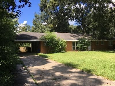 3 Bed 2 Bath Foreclosure Property in Baton Rouge, LA 70811 - Saint Claude Ave