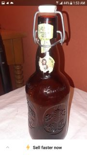 vintage bottle with top and deals shut lever