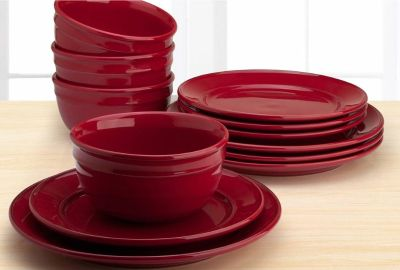 This Amelia 12 Piece Solid Color Dinnerware Set is an ideal addition to any kitchen, as it is microwave-safe and dishwasher-safe. Includes