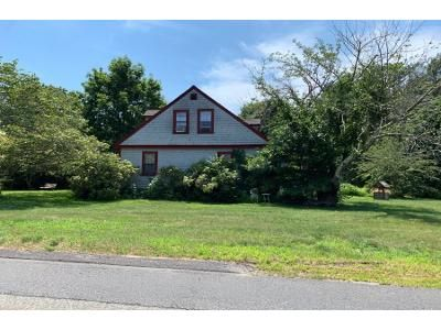 3 Bed 3.0 Bath Preforeclosure Property in Middleboro, MA 02346 - Plymouth St