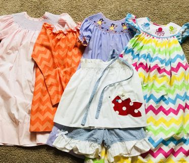 Girls lot size 5/6 all in excellent condition. No stains, no piling.