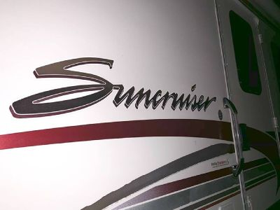 By Owner! 2001 Winnebago Itasca Suncruiser 35 ft. w/2 slides