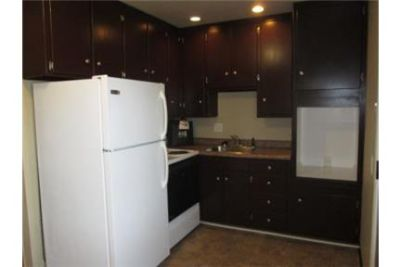 Cute first floor 2 bedroom at a steal!