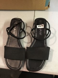 Women s White Stag Shoes Size 6
