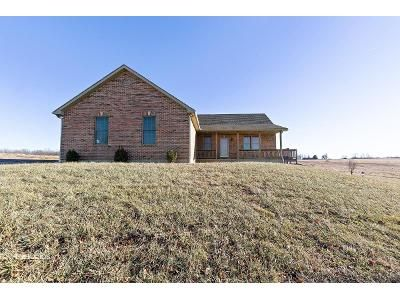 3 Bed 2.5 Bath Foreclosure Property in Rich Hill, MO 64779 - SW County Road 5508