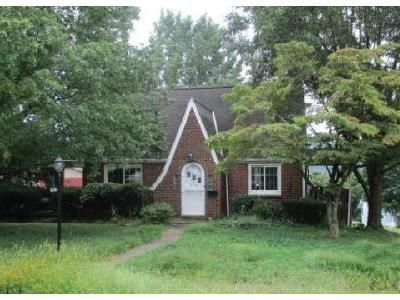 2 Bed 1 Bath Foreclosure Property in Cheswick, PA 15024 - Linden St