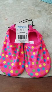 Water/beach shoes for toddlers size 5/6 NWT...FCFS