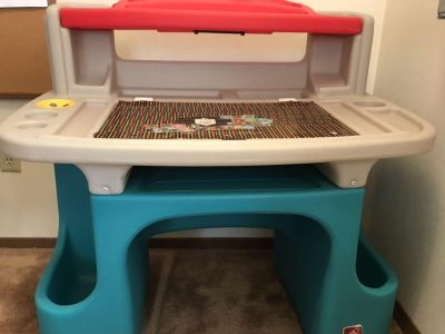 Step 2 kid table with chair
