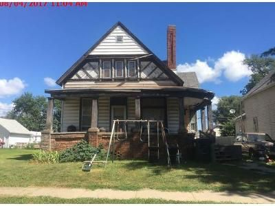 2 Bed 1 Bath Foreclosure Property in Council Bluffs, IA 51501 - 6th Ave