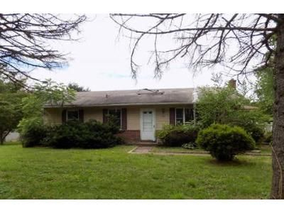 3 Bed 1 Bath Foreclosure Property in Westminster, MD 21157 - Sykesville Rd