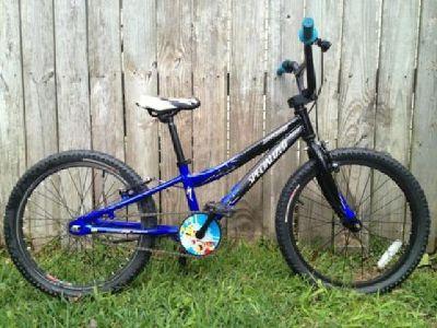 "$100 20"" Specialized Hotrock aluminum kids bike"