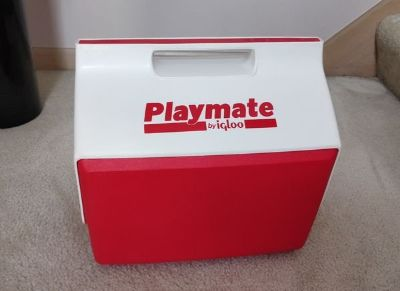 Playmate igloo cooler storage ~ picnic groceries camping fishing sporting events soccer baseball...