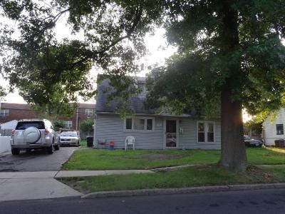 3 Bed 1.5 Bath Preforeclosure Property in Morrisville, PA 19067 - Wilk Dr