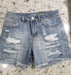 Target MOM shorts