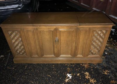 Vintage AMC 1960 s AM/FM Stereo Console! Works great!