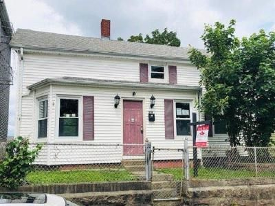 3 Bed 1 Bath Foreclosure Property in Fall River, MA 02721 - Beacon St