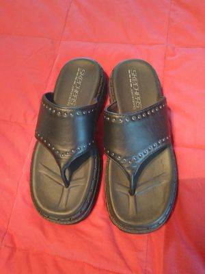 Skechers sandals 8.0 new condition