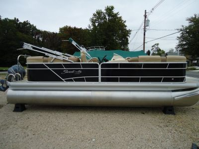 2018 Sweetwater SW2286SB Pontoons Boats Coloma, MI
