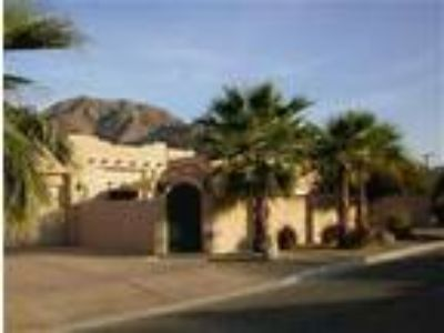 La Quinta Cove Home - House