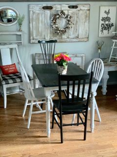 Cute kitchen table and 4 mis matched chairs
