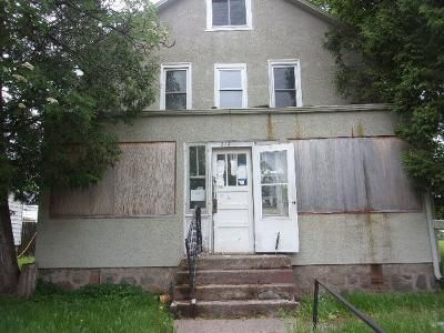 4 Bed 2 Bath Foreclosure Property in Hibbing, MN 55746 - E 25th St