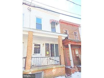 3 Bed 2 Bath Foreclosure Property in Mahanoy City, PA 17948 - W South St