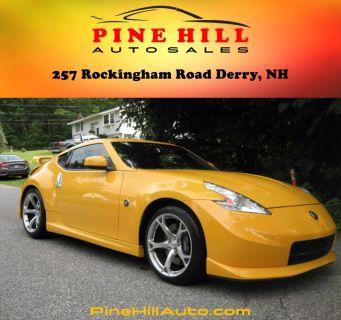 2009 Nissan 370Z Touring (Yellow)