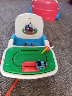 Booster seat with fun tray