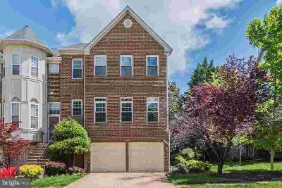 20708 Riptide Sq STERLING, Amazing End Unit Townhome in