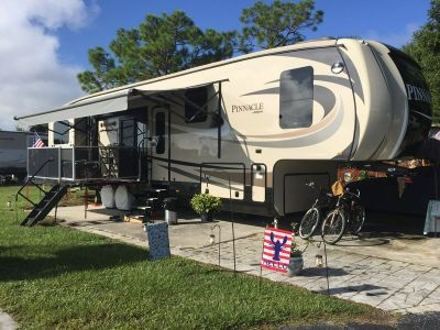 2017 Jayco Pinnacle 39SPQS