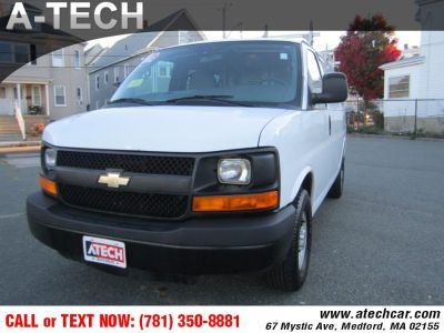2012 Chevrolet Express 2500 2500 (Summit White)