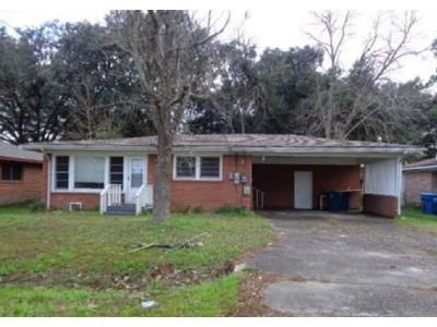 3 Bed 2 Bath Foreclosure Property in Lafayette, LA 70506 - Belle Dame Dr