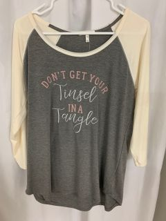 Maurices xl gray holiday shirt xl BNWT