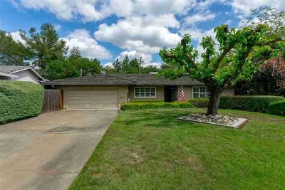 1808 Queens Court ROSEVILLE Two BR, Pack your Bags and move