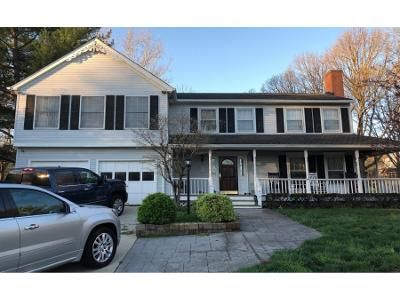 4 Bed 4 Bath Preforeclosure Property in Herndon, VA 20170 - Yellow Tavern Ct