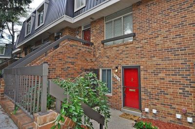 $4000 3 townhouse in Arlington