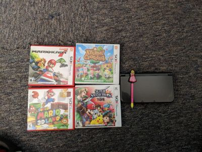 Nintendo 3DS XL with 12 games