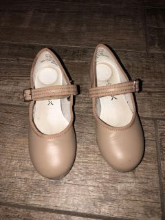 Capezio Leather Tao Shoes size 11.5 Girls
