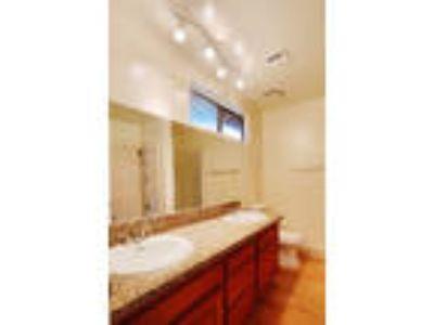 Variel Townhomes - 3 Bedrioom + Two BA