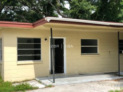 2B 1B Duplex in Clearwater