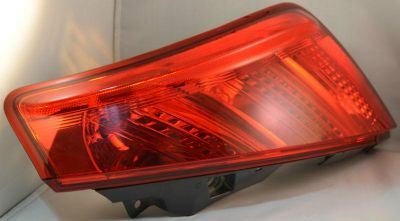 Find 03-05 Nissan Murano Taillight Taillamp Brake Light Passenger Side Right RH motorcycle in Bend, Oregon, US, for US $29.95