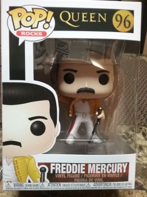 Vinyl figure of Queen