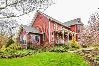 650 Moul Road HILTON Three BR, Enjoy the peaceful setting of this