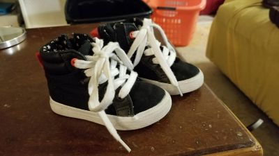 Black high top sneakers size 5 toddler