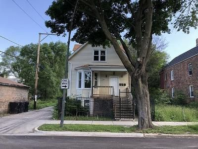 6 Bed 2 Bath Foreclosure Property in Chicago, IL 60609 - W 52nd St