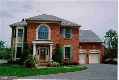 35 Sandalfoot CT Potomac Four BR, Property Leased thru June