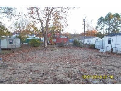 Foreclosure Property in Birmingham, AL 35221 - Park Ave SW