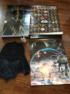 3 24x36 Star war posters, rug and soap dispenser on excellent condition.